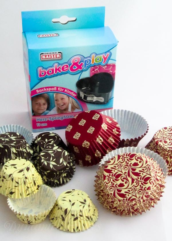 Die Fa. Kaiser sponserte eine Mini-Springform Herz, zwei Packungen Mini-Muffinförmchen und zwei Packungen Muffinförmchen in wunderschönen Designs.