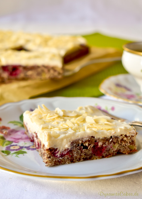 Cranberry-Blechkuchen mit Wacarpone-Quarkcreme auf DynamiteCakes.de