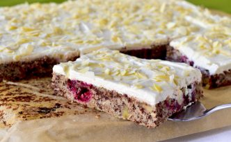 Cranberrykuchen mit Mascarpone-Quarkcreme auf DynamiteCakes.de