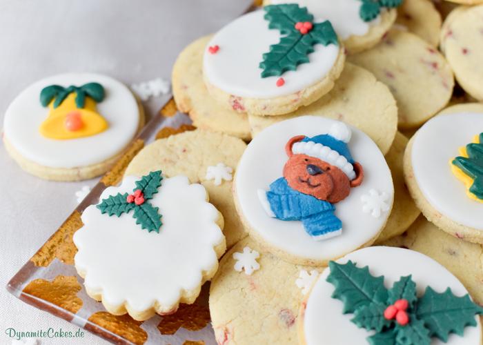 Weihnachtskekse mit winterlichem Motiv auf DynamiteCakes.de